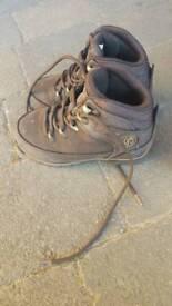 Firetrap kids walking boots size 9