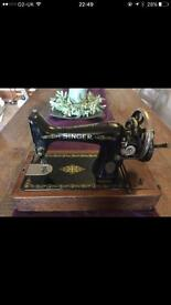 Singer sewing machine decoration purpose only