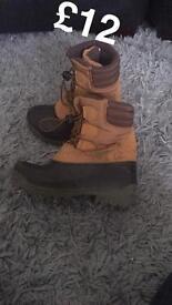 Boys boots size 9