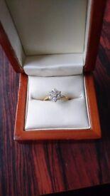 18ct yellow gold 5 stone diamond ring
