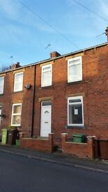 NETHERTON 2 BED HOUSE RECENTLY REFURBISHED