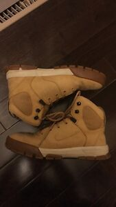 Wheat Nike ACG Boots