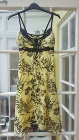 Ladies JANE NORMAN dress. SIZE 12 . Yellow and black print. Collect clevedon