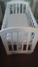 White John Lewis Anna Swinging Crib & Baby Bath