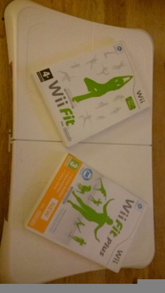 Wii fit board & games