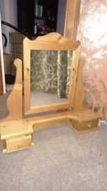 Dressing table mirror, with two drawers