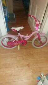 Girls cycle bike in good condition
