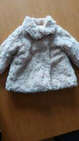 REDUCED Faux fur cream coat 9-12months