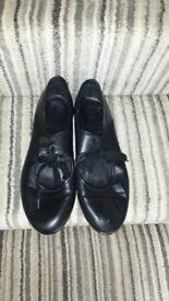 black tap shoes size 5