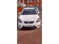 Kia Rio, 2011, white, 1399cc. Very low mileage, in good condition. MOT from July 3rd, 2018