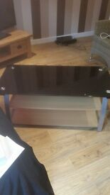 TV STAND BLACK GLASS with WOODEN SHELVES
