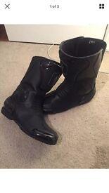Frank Thomas boots size 9 black