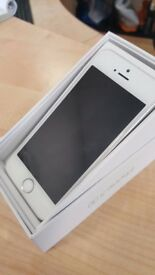 Apple i Phone 5s 16GB- Unlocked Mint Condition