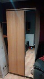 Oak vanneerd wardrobe,