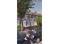 4 Bedroom Bright Victorian house with garden near tube. No agency fees