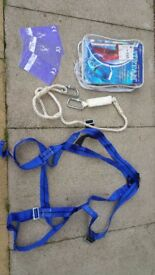 Miller fall arrest kit boxed manual can deliver or post it!Thank you