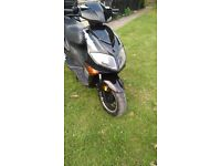 125 moped new mot fully serviced including new trye and battery can deliver locally. £700 ono