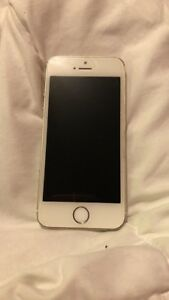 Gold iPhone 5s 16GB