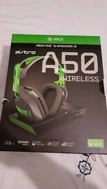 Astro A50 Gen 3 Wireless Headset Dolby Surround 7.1 Xbox One with Wireless Charging Base