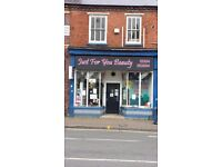 Double fronted Shop on a busy road to let netherton dudley