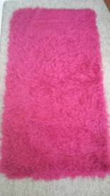 Pink rug - Made in UK , as new