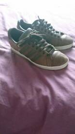 Mens adidas brown distresses leather trainers size 7