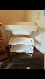 Baby changing unit
