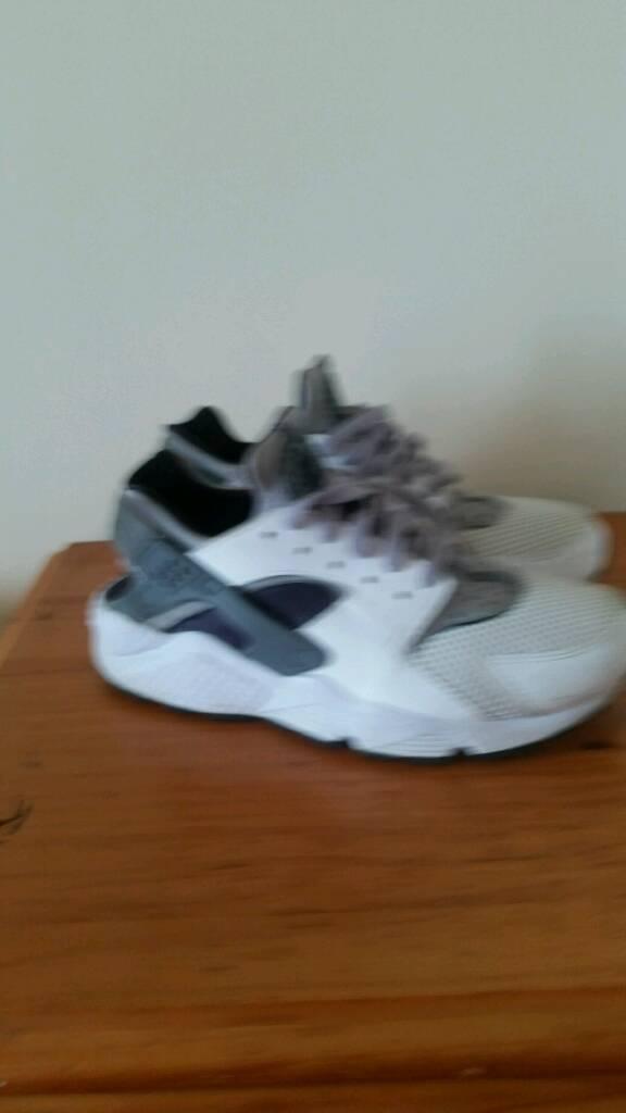 Nike huarache trainers size 9
