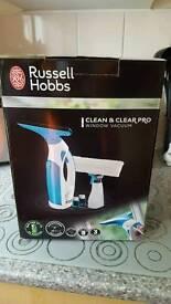 Russell Hobbs Window Vac