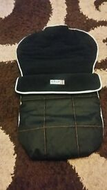 Footmuff in excellent condition