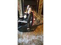Maxi cosi pebble plus car seat and extras