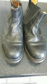 Mens boots dr Martin size 10