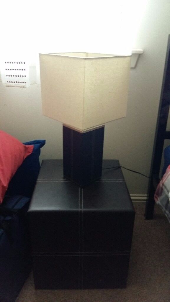 2 x lamp tables and lamps
