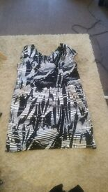 ladies dress size 20 from f&f ...docking pe31