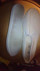 Shoes - size 10
