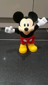 Mickey mouse club house Dance & Shout sing along interactive
