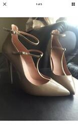 Office shoes heels nude/camel size 5