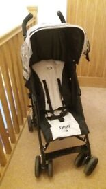 Beautiful Stroller In Immaculate Condition
