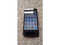 LG Nexus 5 16GB Unlocked Black Phone + Case