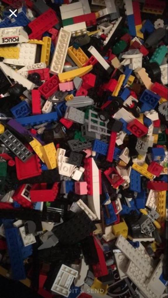 2kg of genuine lego