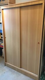 Wardrobe Sliding doors - perfect conditions - H.185cm - W.121,5cm -D.60cm
