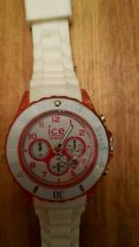 Ladies Ice Watch with white strap and pink detail