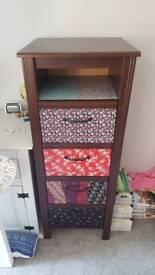 4 drawer unit with shelf
