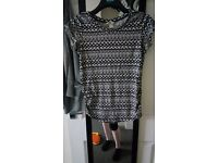 H&M MAMA top size 6
