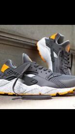 Used Nike Huarache trainers size 9.5