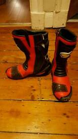 Swift Torsion X Motorcycle Race Boots. UK size 7.