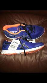 Asics Gel Windhawk size 9 brand new