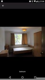 Room in 2bed flat in Highfield