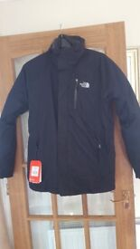 ** NEW LOWER PRICE** The North Face Zenith Triclimate black jacket XL BNWT