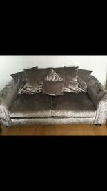 Marilyn crushed velvet sofa